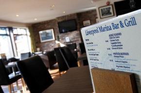 liverpool-marina-bar